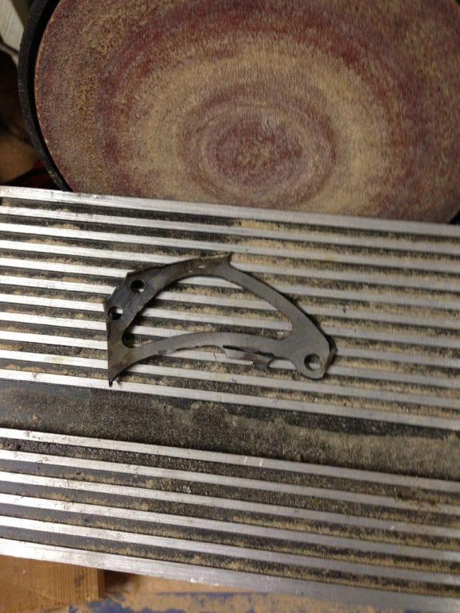 Небольшой походный топорик из велосипедного тормозного диска