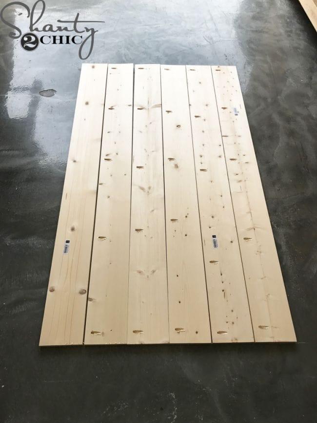Деревянная кровать для новичка