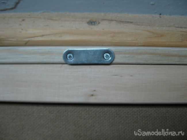 Небольшой деревянный ящик для хранения овощей