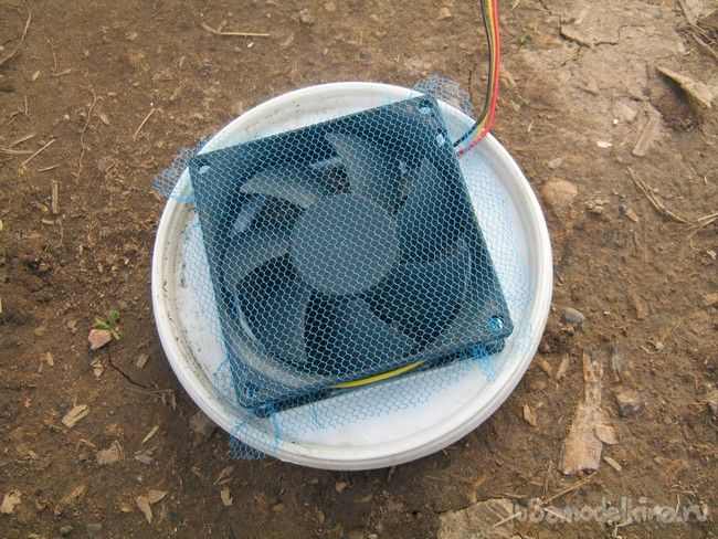 Теплица с грунтовым аккумулятором тепла