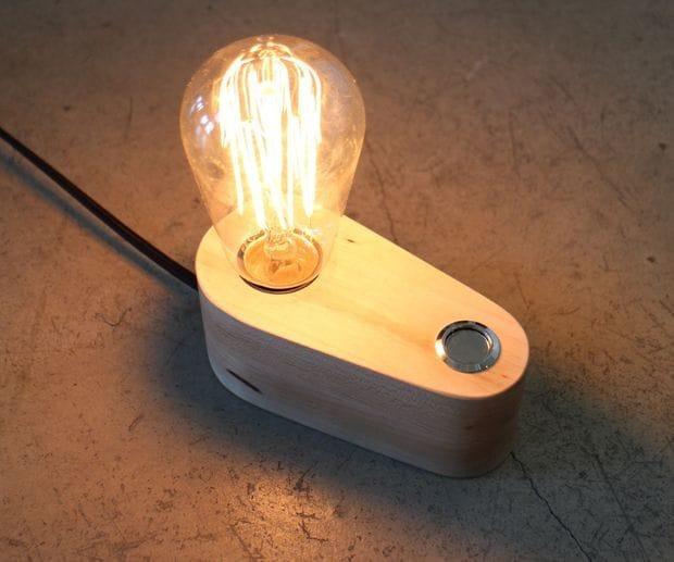 Настольный светильник с лампой Эдисона