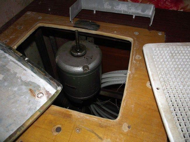 Самодельный шлифовальный станок по стеклу для витражного дела