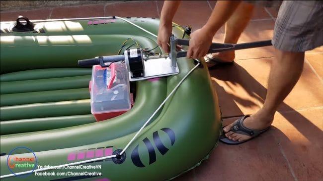 Лодка на электротяге мощностью 250 Ватт