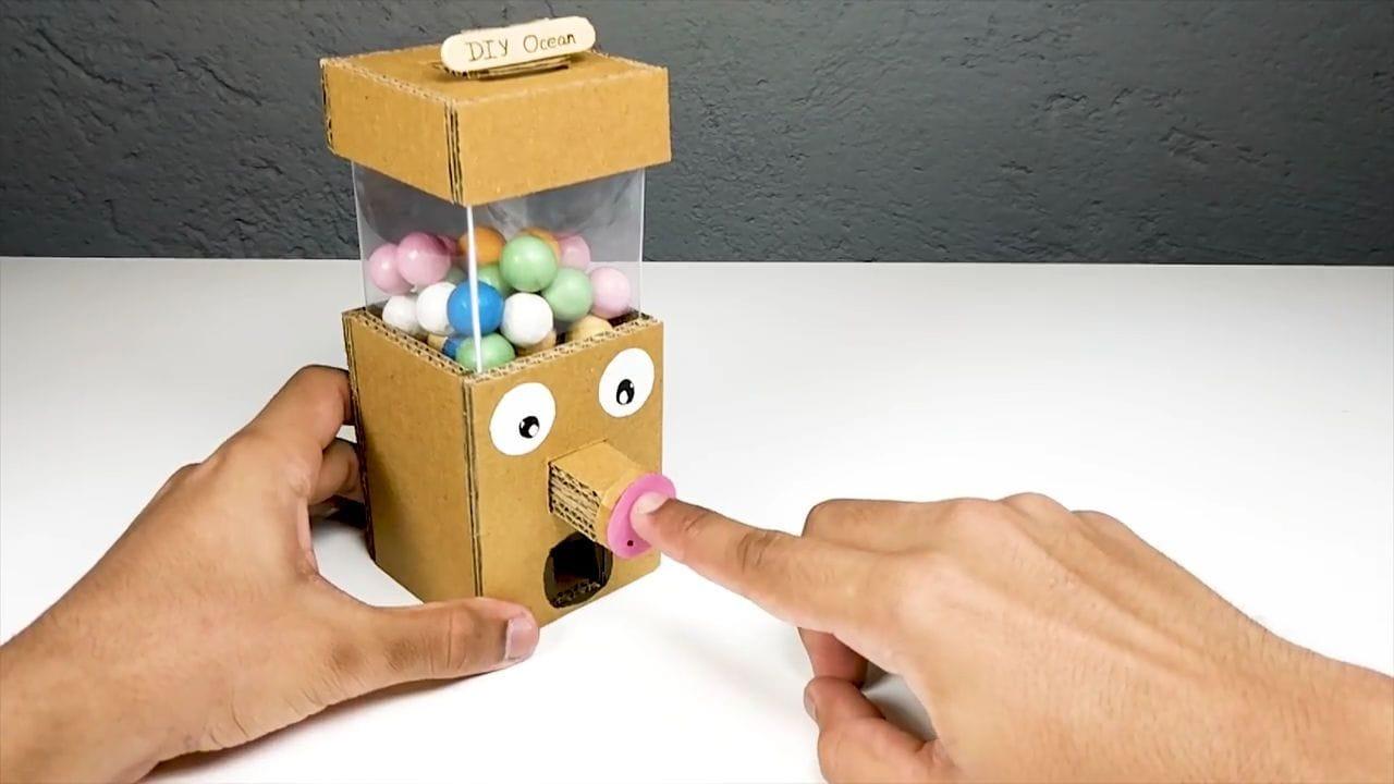 Как сделать игровой автомат из картона видео игровой автомат баночки играть бесплатно