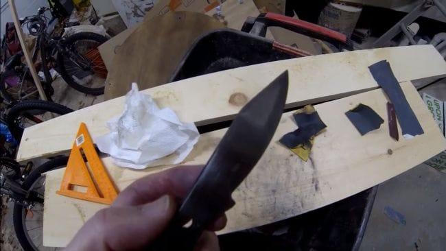 Узоры на рукояти ножа