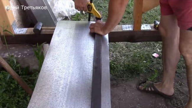как резать оцинкованный лист своими руками