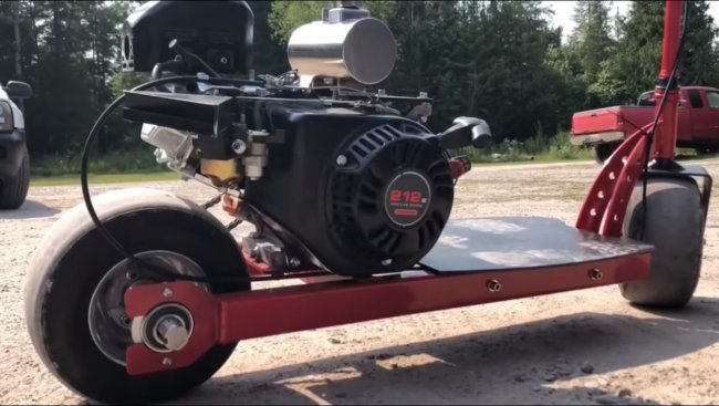 Самокат с бензиновым двигателем Predator 212сс (6