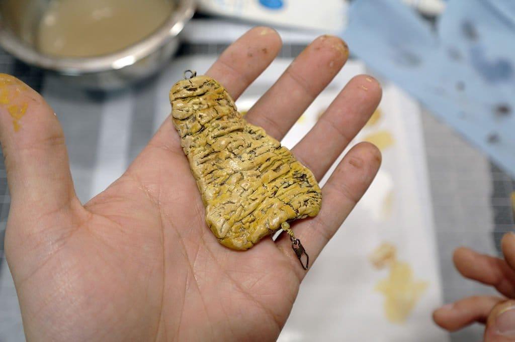 Самодельные рыболовные блесна из глины