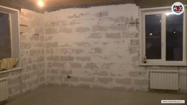 Бюджетная отделка стен в доме. Кухня-гостиная