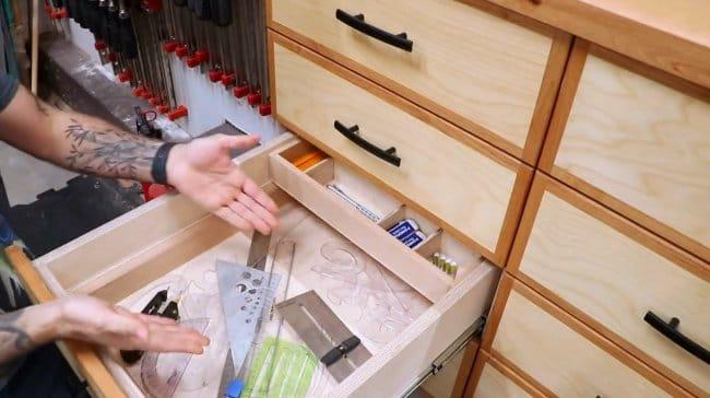 Как удвоить пространство в мебельном ящике?