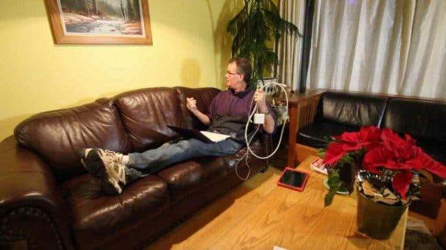 Столешница для дивана с электрическими розетками и USB