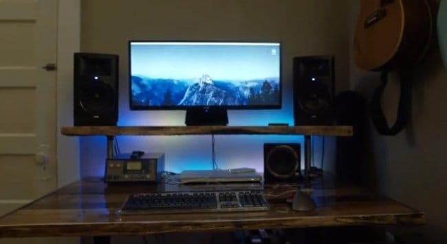 Компьютерный стол из досок поддонов и ОСП