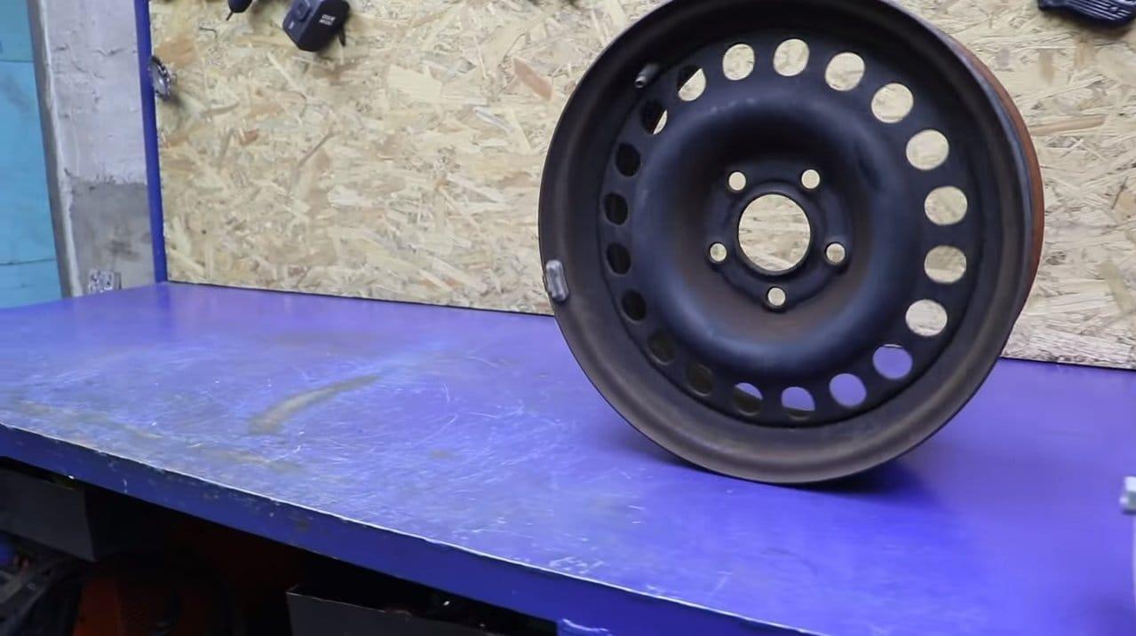 Отличный гриль из автомобильного диска и редукторного моторчика