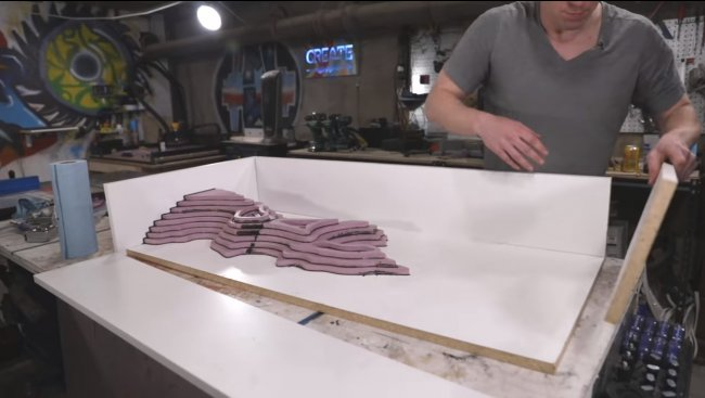 Столик «Арктическая эрозия»  из бетона и эпоксидной смолы
