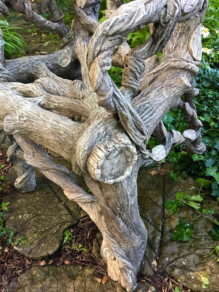 Кресло из бетона, как интерьер сада, в стиле «Faux Bois»