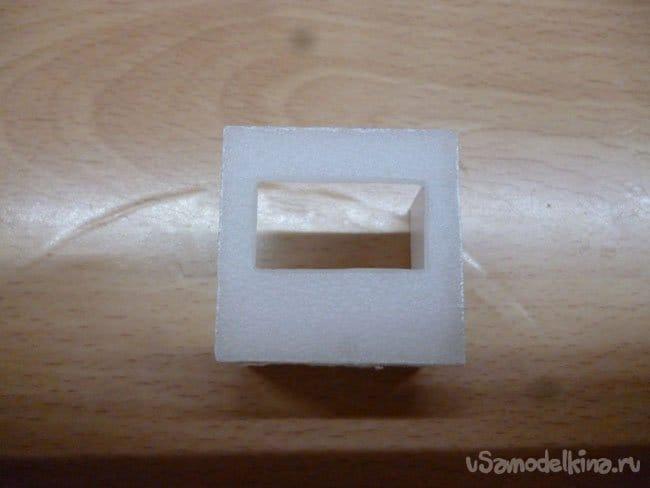 Маленькие симпатичные часы с подсветкой и термометром