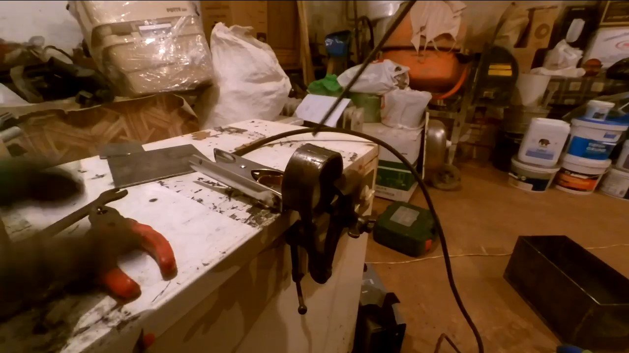 Мини-печь буржуйка для автотуризма или дачного домика