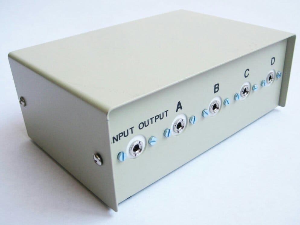 Селектор аудиовходов