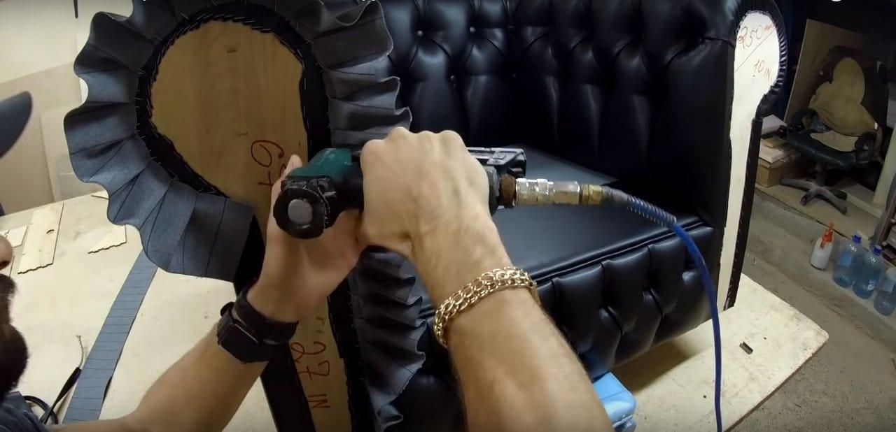 Классическое кресло Chesterfild - пошаговое руководство
