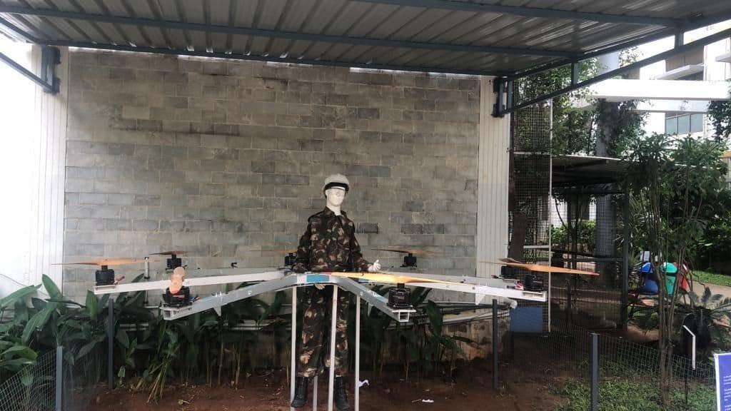 Октокоптер управляемый пилотом