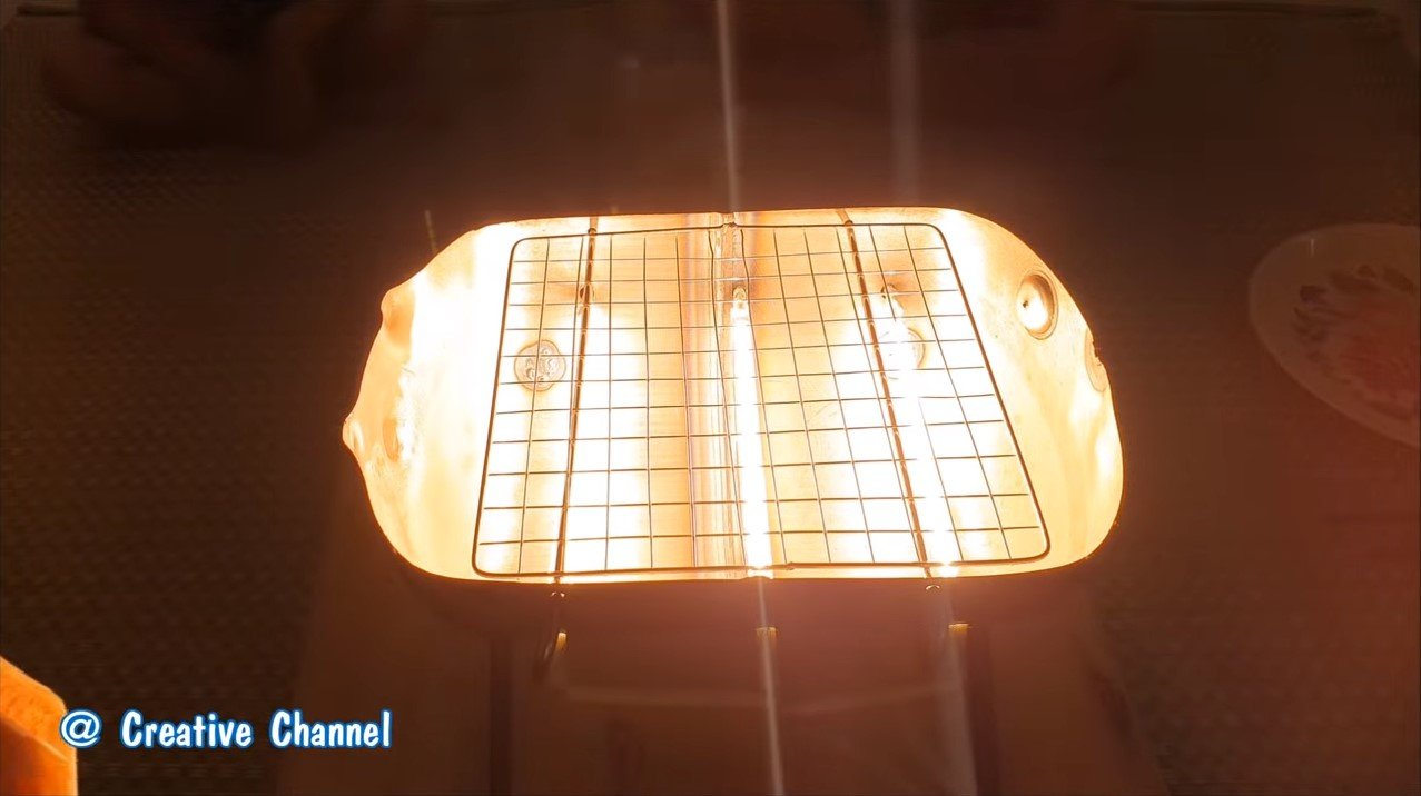 Домашний гриль на галогенных лампах