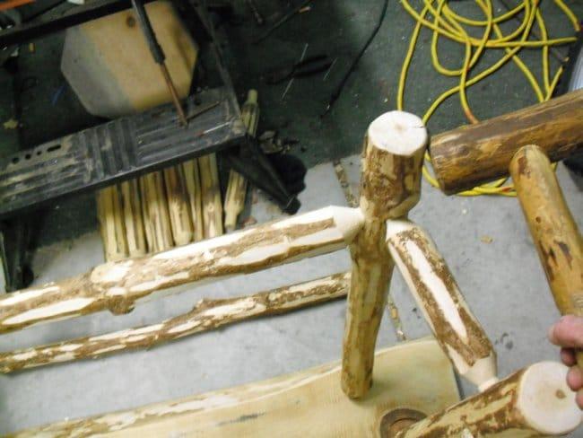 Столик из сосны своими руками