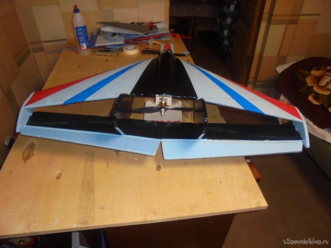 Авиамодель с ромбовидным крылом С-151 «Фотон»