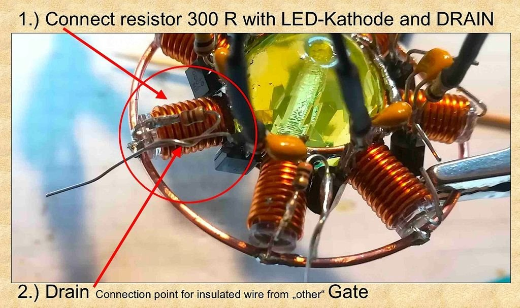 UMRO: уран-стекло-мрамор-кольцо-осциллятор (Uranium-glass-marble-ring-oscillator)