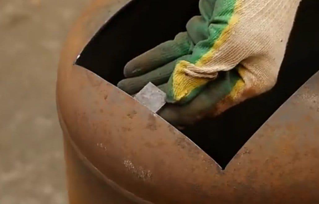 Бюджетная печь для отопления гаража или мастерской