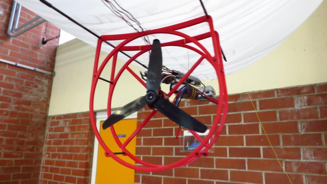 Простой радиоуправляемый дирижабль