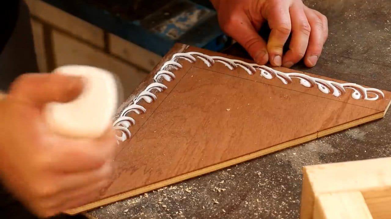 Мощные деревянные кронштейны своими руками