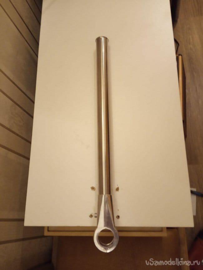 Столик прикроватный для ноутбука поворотный и разновысотный